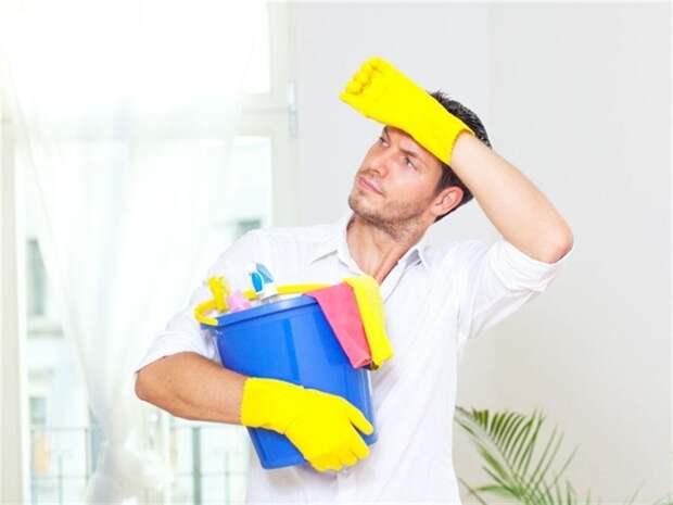 6 верных способов приучить мужчину к уборке