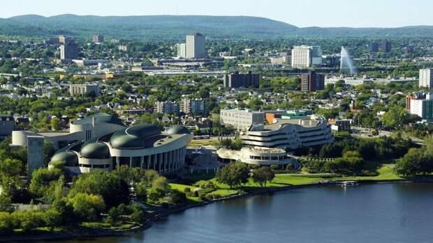 Канада и США обсуждают открытие совместных границ