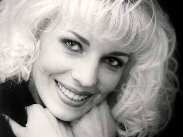 Певица, покорившая сцену в конце 1980-х – 1990-х гг. | Фото: vev.ru