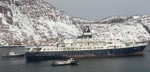 «Любовь Орлова»: как советский круизный лайнер стал «Летучим голландцем XXIвека»