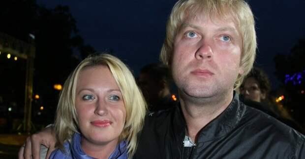 """Экс-жена Светлакова впервые высказалась о разводе: """"Я оказалась на краю пропасти"""""""