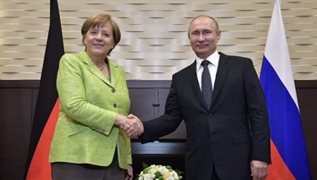 В Киеве обвинили Меркель в присоединении Крыма к России