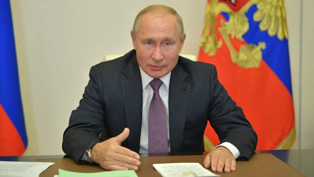 Путин рассказал президенту Таджикистана о положении мигрантов в России