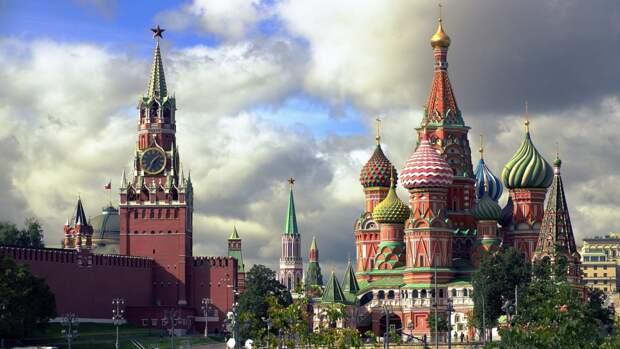 Американский политолог предположил зеркальный ответ РФ на запрет США выдавать визы