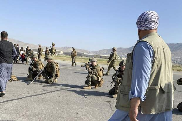 Американцы бросили украинских союзников в Кабуле: чего стоят гарантии Вашингтона