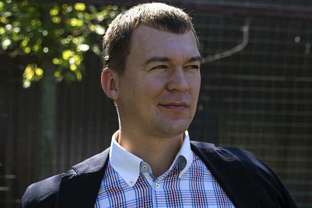 «Дегтярев, выходи!» Жители Хабаровска встретили врио губернатора митингом