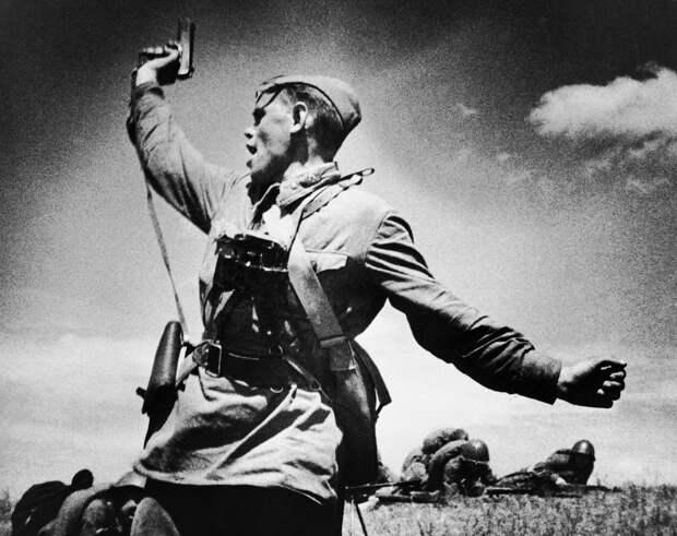 Советский народ погиб в 1941—1945 годах.