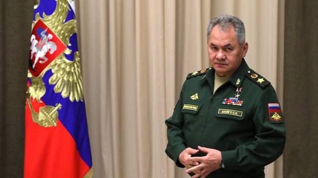 Шойгу обсудил с коллегой из Армении ситуацию на границе с Азербайджаном