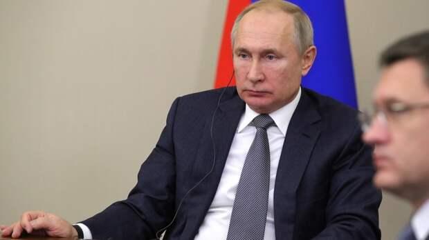 А Макрона приметим: Путин заявил, что Россия будет защищать себя в условиях молчания стран мира