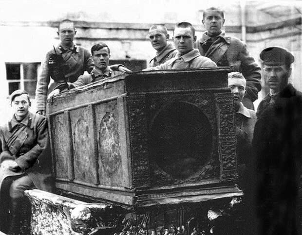 Почему невозможно реконструировать внешность Александра Невского по его останкам