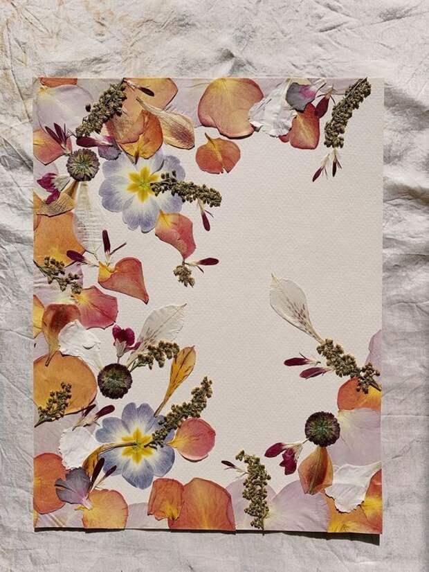 Бумага с цветами