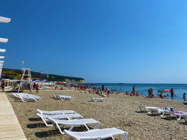 Как выглядит поселок Дивноморский, в котором можно получить бюджетный отдых и чистое море (отзыв и мои фото)