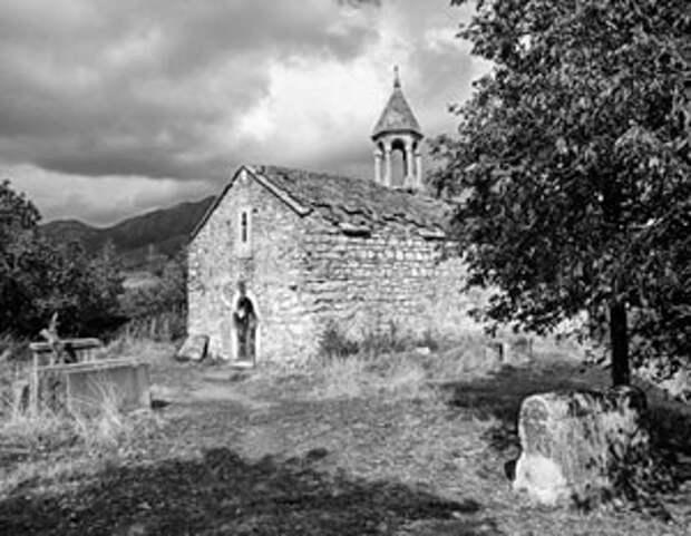 Древняя земля Нагорного Карабаха вызывает бурные эмоции у всех, кто считает себя к ней причастным