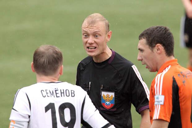 «Зениту» вполне можно подавать официальный протест на действия арбитра Москалева: не назначил пенальти на Оздоеве, не удалил Берга…
