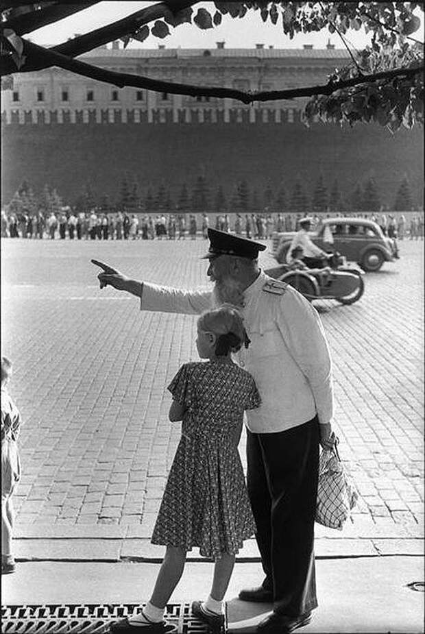 Cartier Bresson18 25 кадров Анри Картье Брессона о советской жизни в 1954 году
