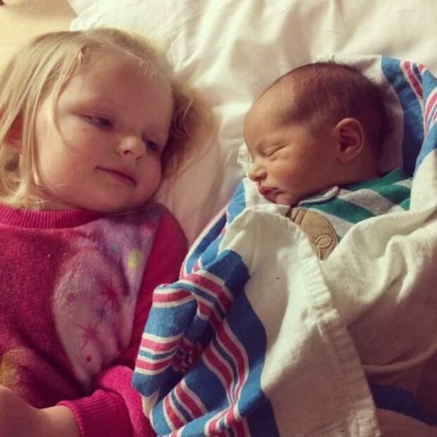 Вместе и спать интереснее! братья и сестры, дети, фото