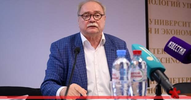 Владимир Бортко больше не голосует в Думе и не отвечает на звонки