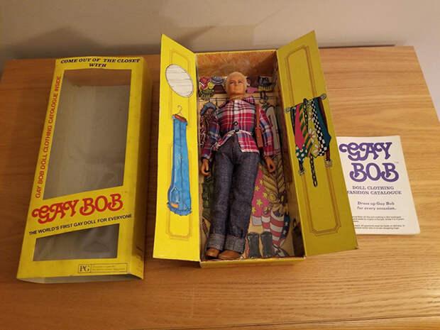 Кукла уже давно не выпускается, но ее еще можно купить на аукционе.
