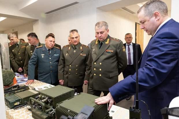 Госдума ратифицировала соглашение о системе связи армий СНГ