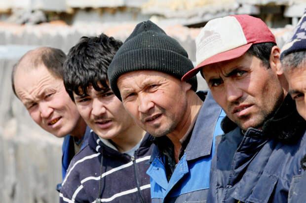 Сбежавшие из России мигранты вызвали в своих странах кризис