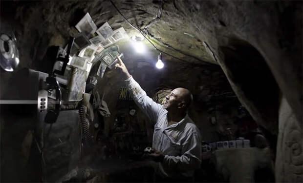 12 лет назад фермер начал копать на заднем дворе. Соседи шутили за спиной, а он создал подземный дворец