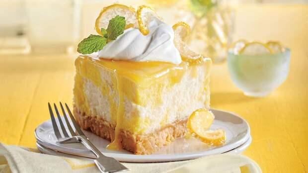 Всем, кому не хватает солнышка, создайте его сами: испеките лимонный чизкейк