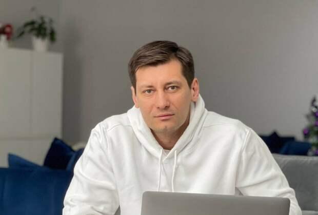 Гудков освобождённый: оппозиционер бежал из России на Украину