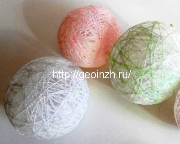 Новогодние шары из ниток