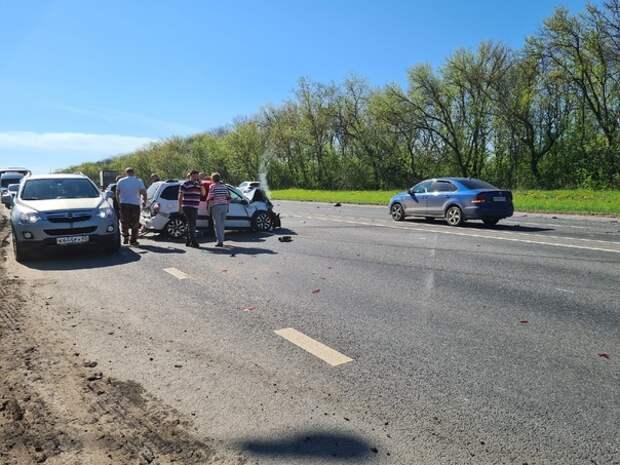 Очевидцы сообщили о страшной аварии на трассе М-5