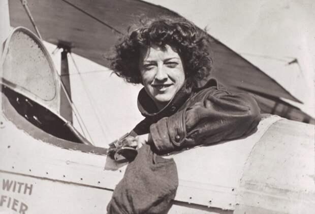 Нета Снук Саузерн была первой женщиной-пилотом в Айове