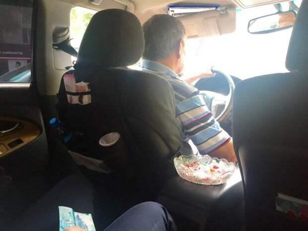 Необычный таксист из Алматы стал звездой после поста в соцсетях внимание, комфорт, такси, таксист