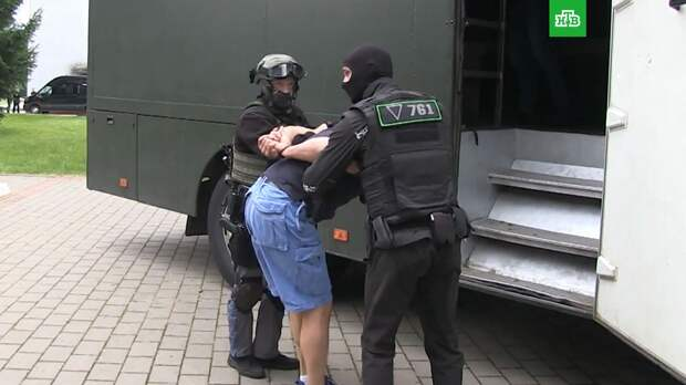 Лукашенко: Минск, Киев и Москва должны вместе решить судьбу задержанных россиян