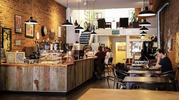 Некоторые кафе и рестораны в России освободили от уплаты НДС