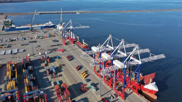 Государство национализирует порт Санкт-Петербурга