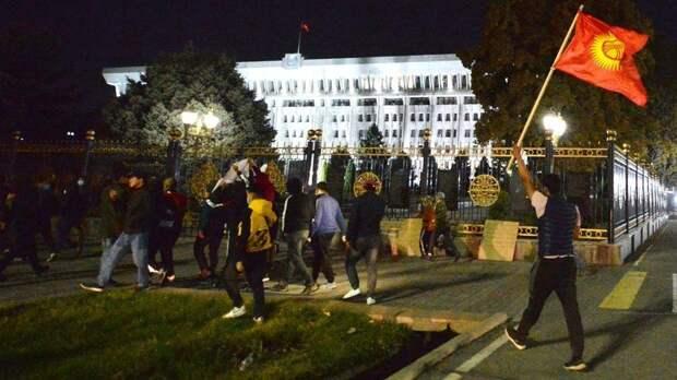 Больше тысячи пострадавших: в Минздраве Киргизии сообщили об итогах беспорядков в Бишкеке