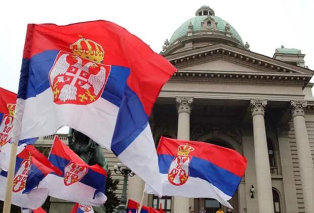 Россияне указали на хитрый прием Сербии со «Спутником V»