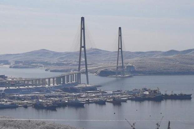 Первый этап ремонта моста на остров Русский завершат к концу мая