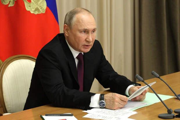 Путин высказался об обязательной вакцинации от COVID-19