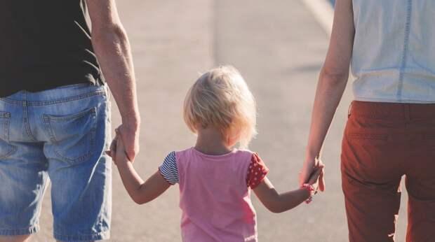 5 типичных ошибок родителей в воспитании, которые разрушат детям жизнь