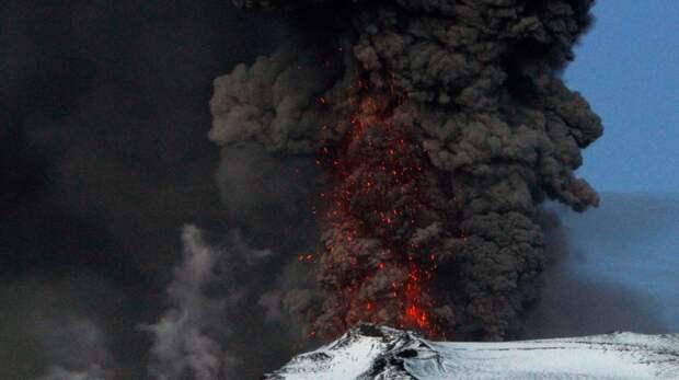 Как вулкан Лаки в XVIII веке едва не выселил исландцев с их острова