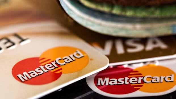 Mastercard назвала основных получателей переводов между банковскими картами