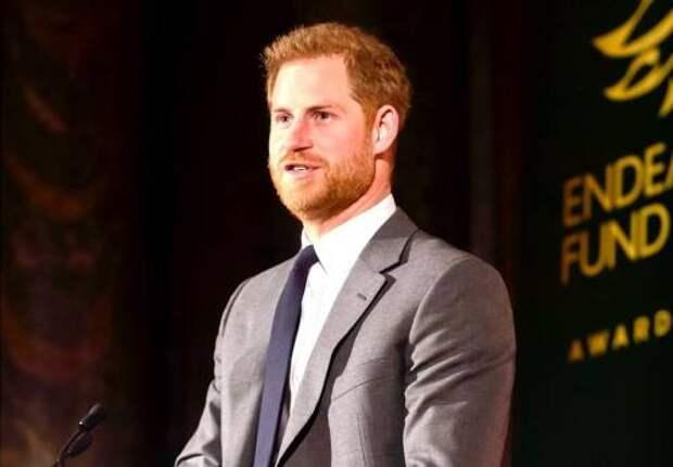 «Это было похоже на зоопарк»: принц Гарри – о жизни в королевской семье, отношениях с отцом и решении покинуть Великобританию