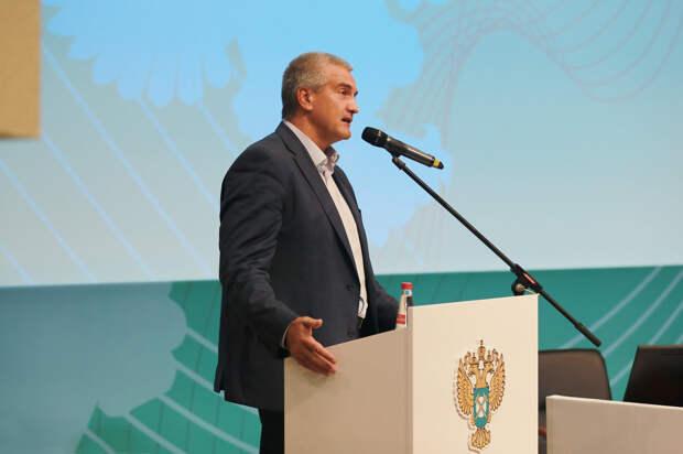 Аксенов признал проблемы в здравоохранении и принес крымчанам извинения