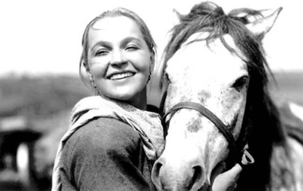 Легендарная Вера Марецкая: муж-гений оставил ее одну с 4-х летним сыном, но несмотря на это она была предана ему всю жизнь