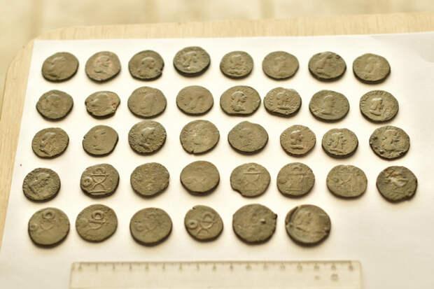 Кубанские археологи нашли античные монеты Боспорского царства