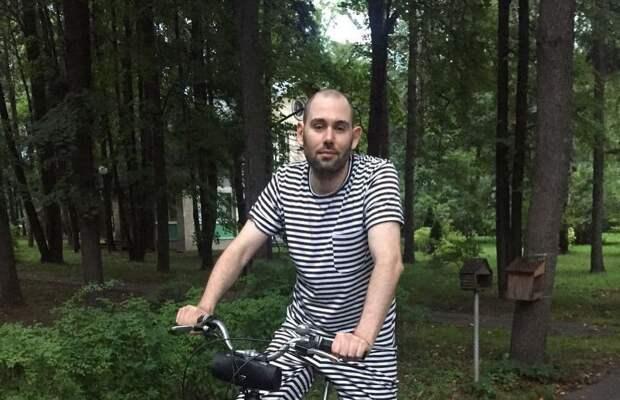 Слепаков сообщил о разводе с женой