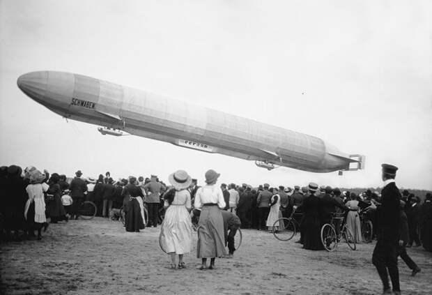 Первые авиакомпании и другие факты об истории возникновения привычных сегодня явлений