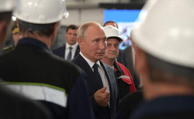 Путин рассказал о мерах поддержки отечественного судостроения