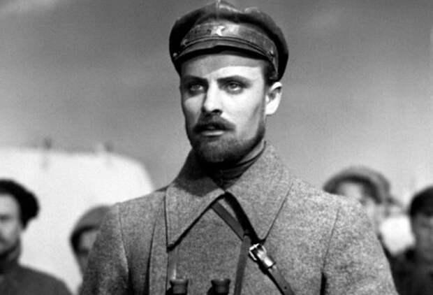 Смерть Щopcа: кто «заказал» убийство легендарного комдива
