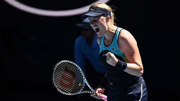Получившая травму Павлюченкова снялась с турнира в Сербии